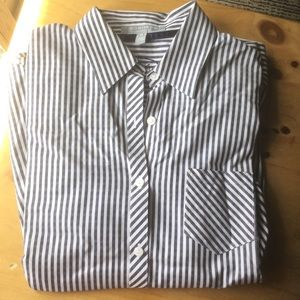 Foxcroft Non-Iron Shaped Fit Striped Shirt